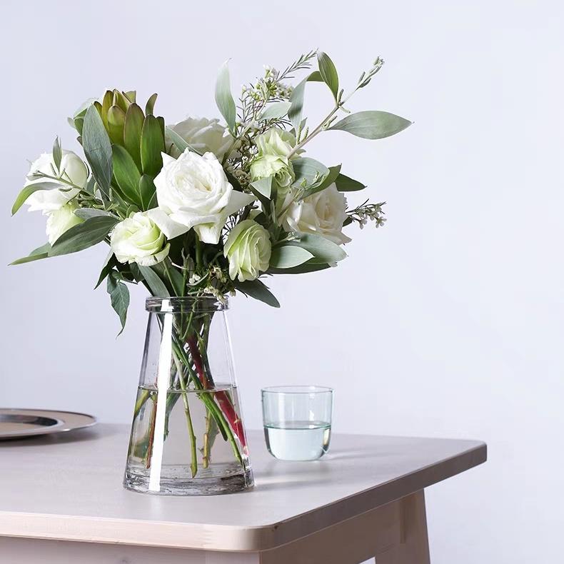 混搭鲜花 每周一束 每月4束 鲜花包月 精选花材 新用户赠送花瓶