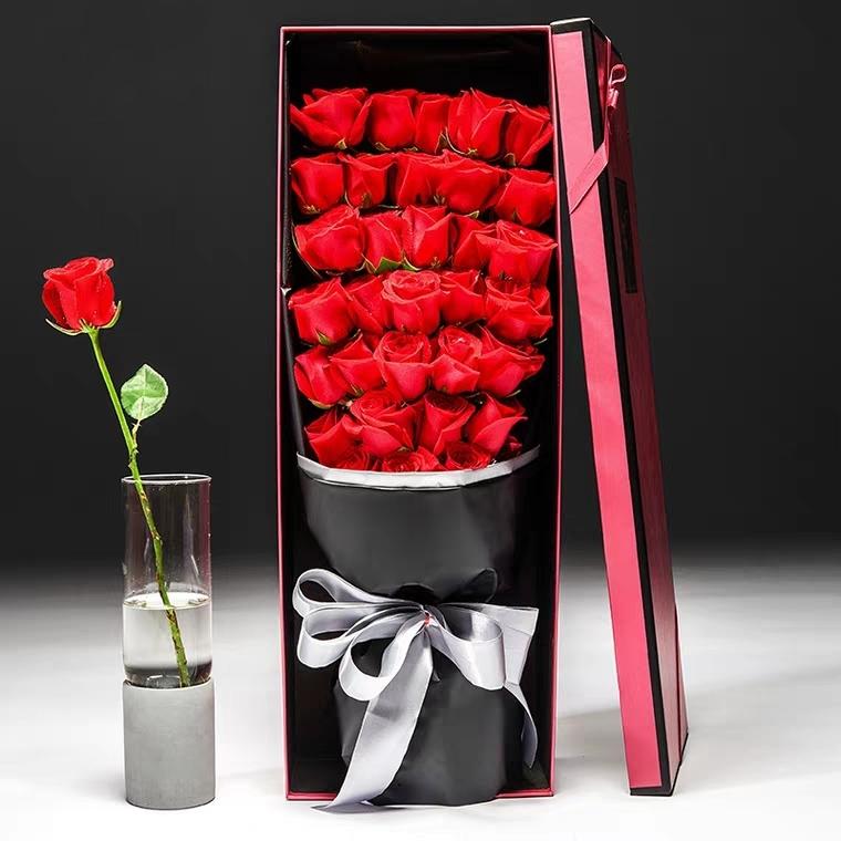 一网情深——19朵/33朵精品红玫瑰礼盒盛放