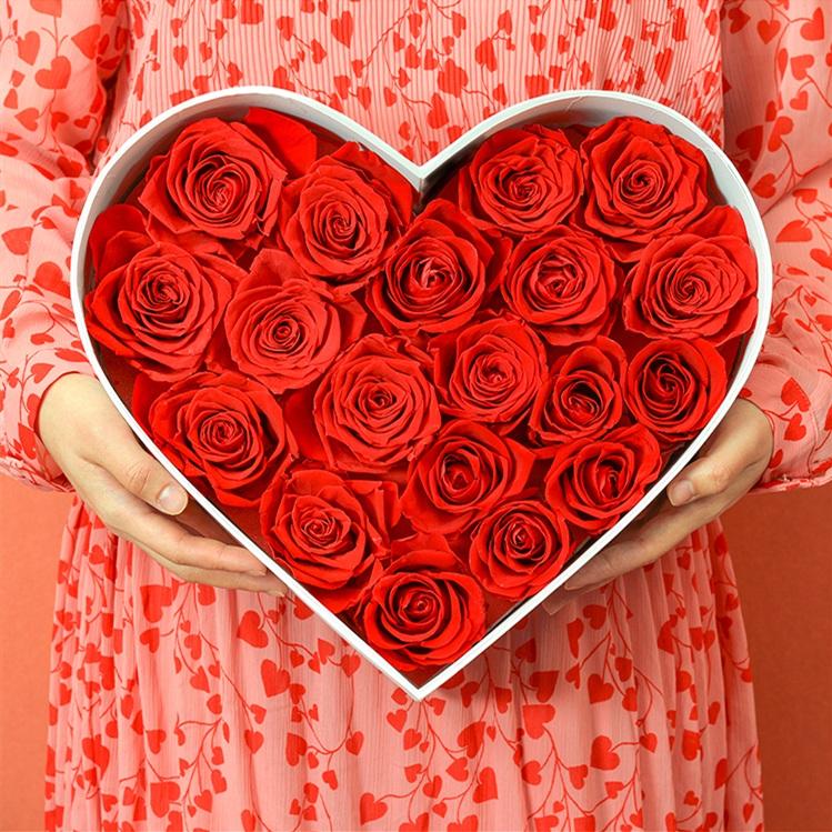 把心给你——玫瑰花爱心礼盒