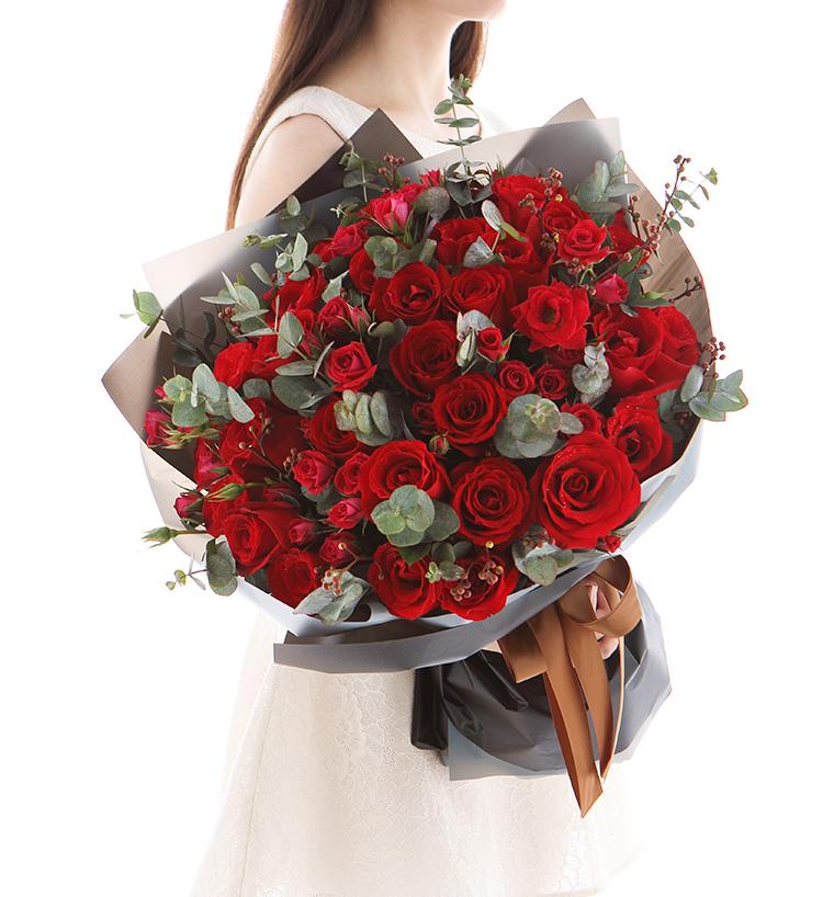 【免费赠送】签收后退全额,平安担保,上百万用户选择,精美鲜花花束