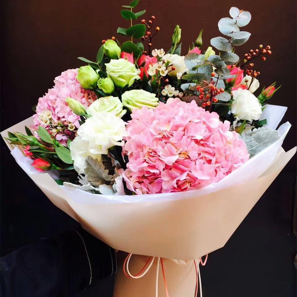 浪漫心情——精品绣球花束