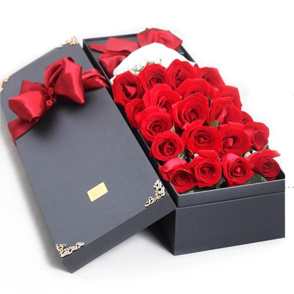 雅致风情——19朵精品红玫瑰礼盒装